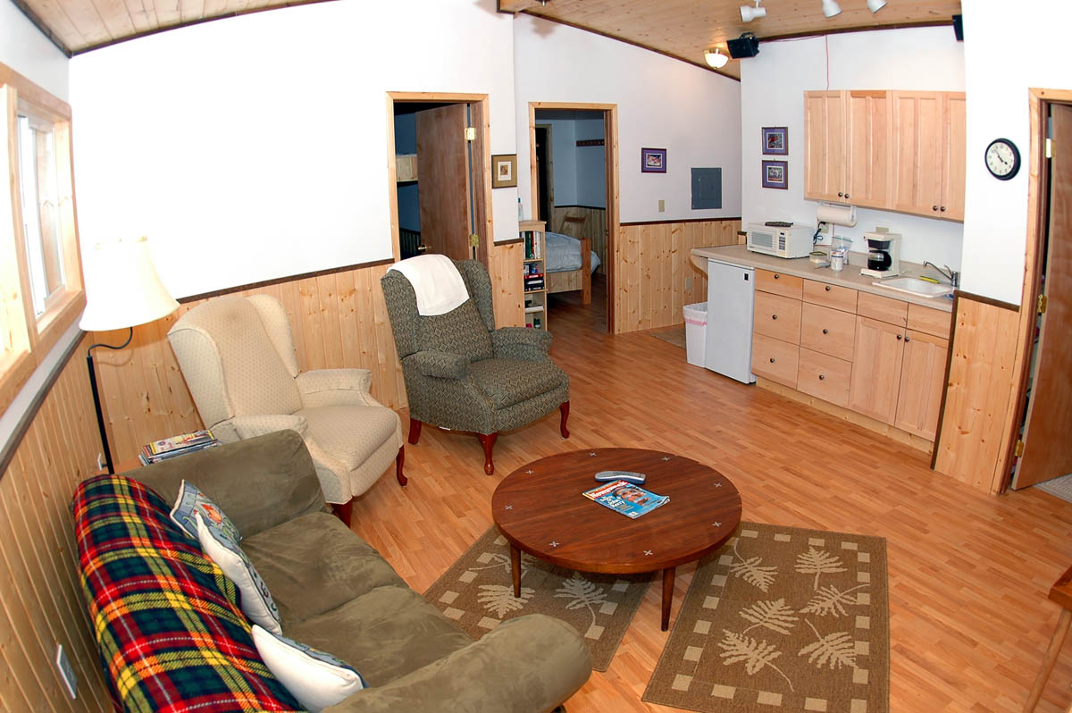 Chignik-Bay-Adventures-lodge-room