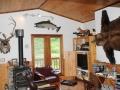 Chignik-Bay-Adventures-lodge-living-room